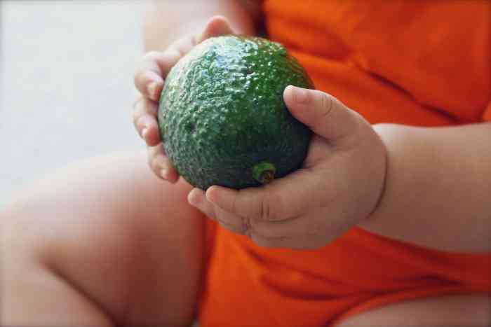 Is your baby selfweaning? How to Gently Wean your Breastfed baby or toddler.