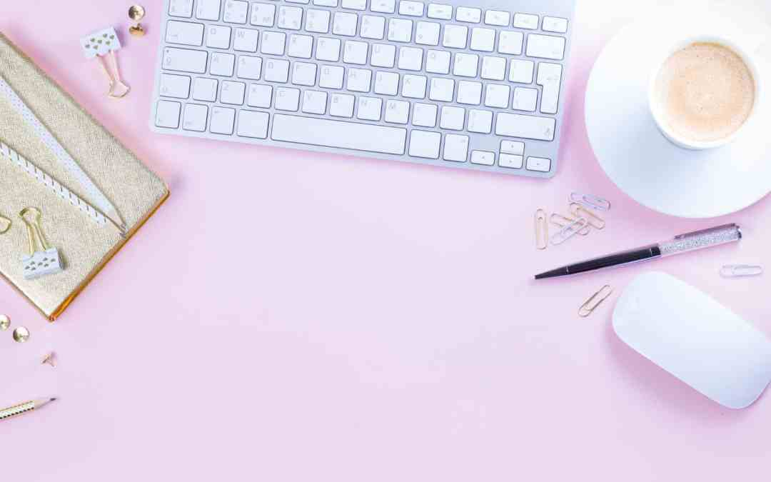 17 Insanely Free Blogging Tools that I Use Everyday to Grow My Mom Blog