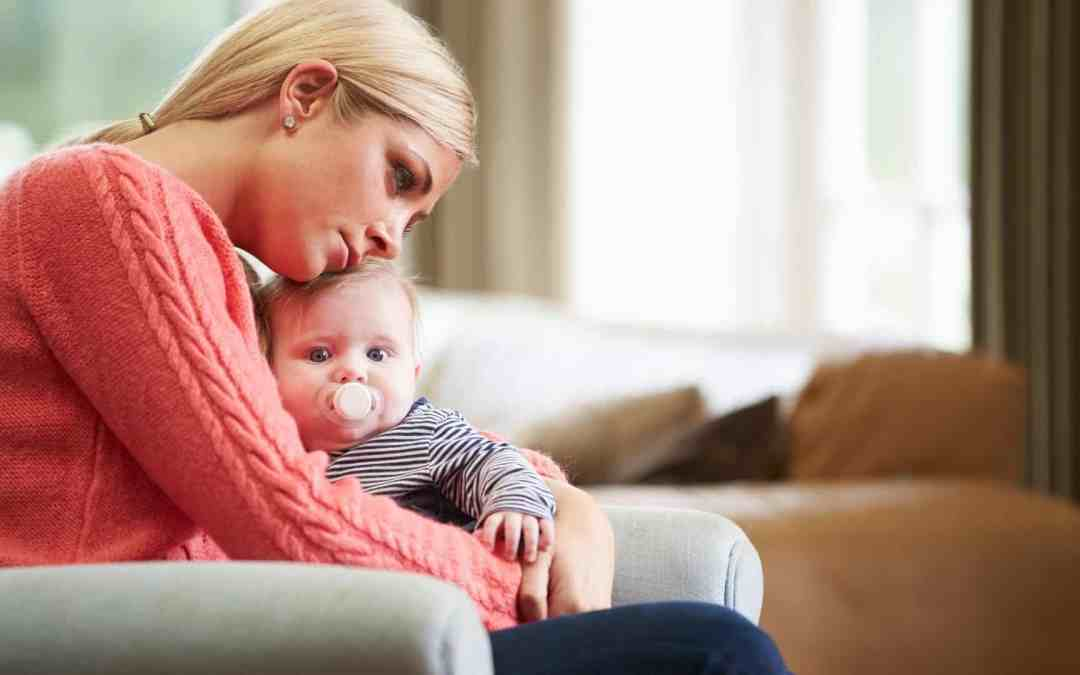 9 Important Signs Of Postpartum Depression In New Moms