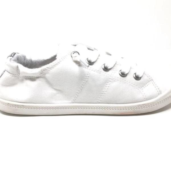 Rori white