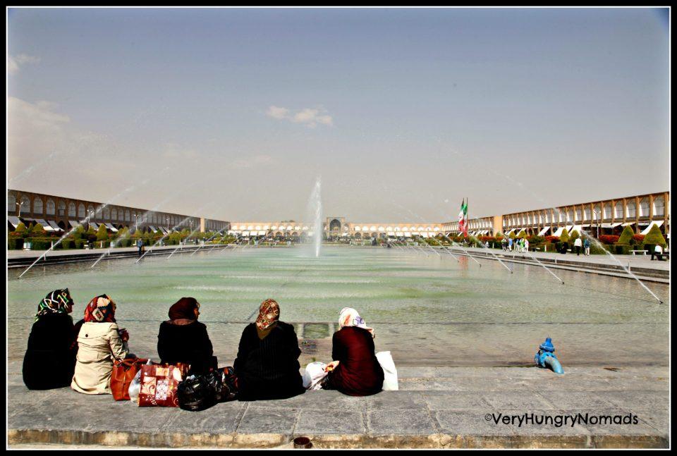 Iran - Ladies in Shiraz