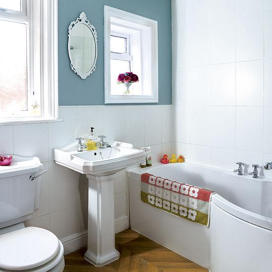 laminate floors in the bathroom