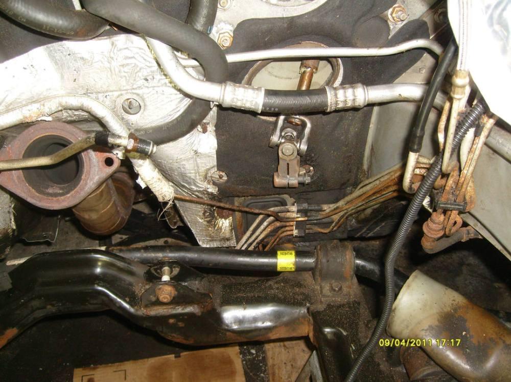 medium resolution of intrigue eng 2011 right brake line pic10 jpg