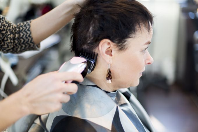 6 ways to prepare for hair loss during chemotherapy