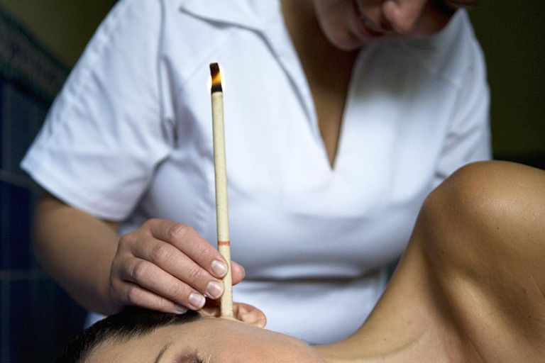 can ear candling remove