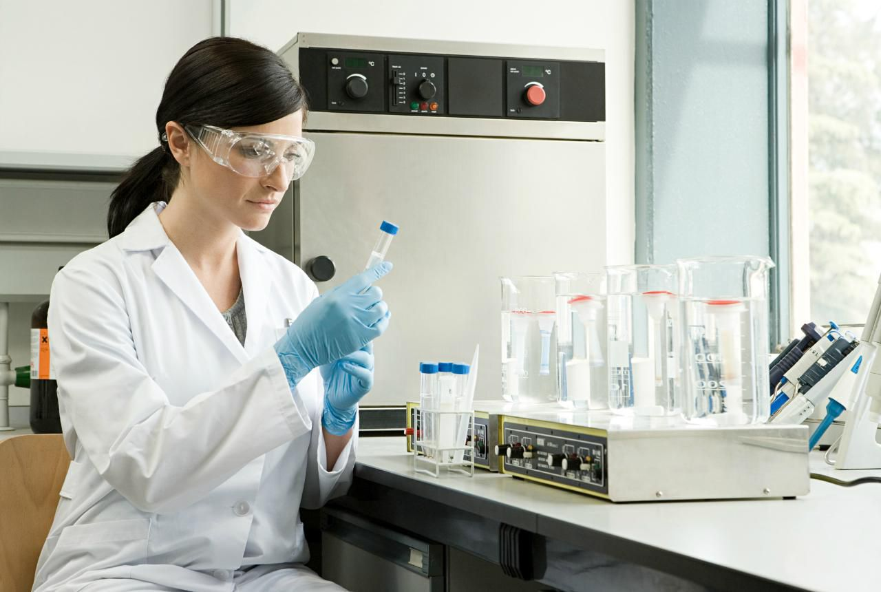 Medical Laboratory Technician Mlt Career Profile