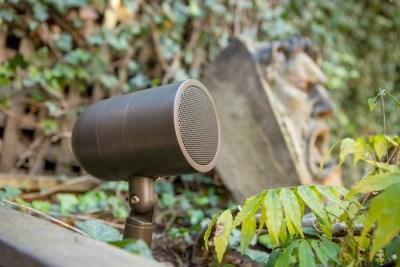 Small landscape speaker