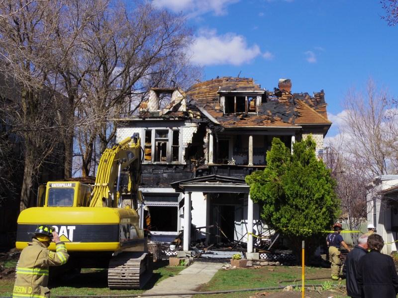 566-24th-Street-Fire-Demo04