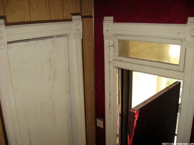 Ogden Victorian Home 4