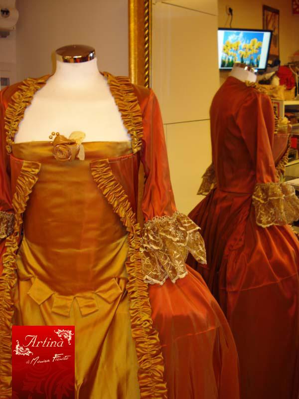 Costumi storici Settecento francese e veneziano  Artin  Atelier Abiti storici