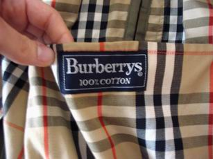 d0dda7b4e1 Come riconoscere i capi originali Burberry - Vestiti Moda