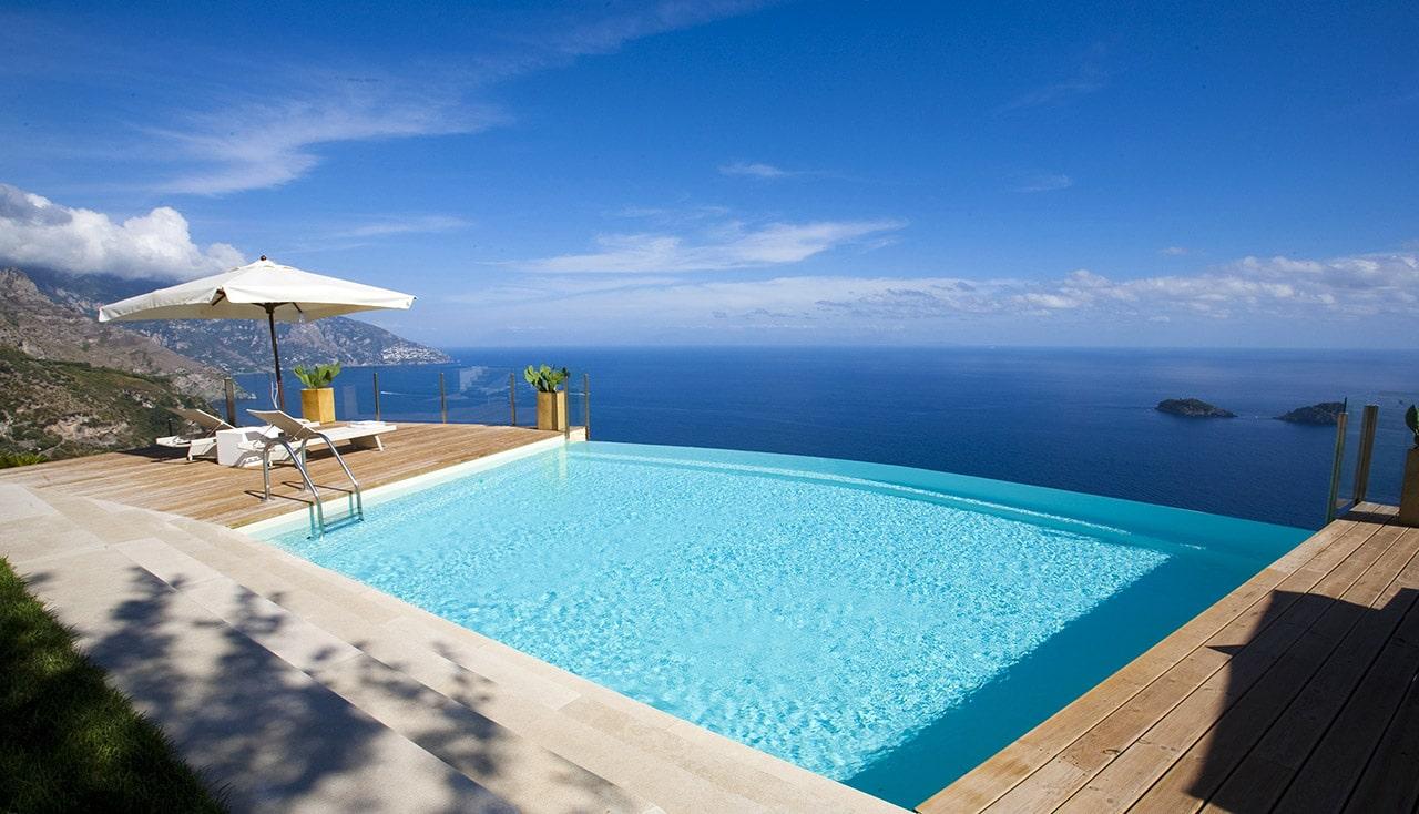 Stai pensando di realizzare una piscina Ecco alcune idee