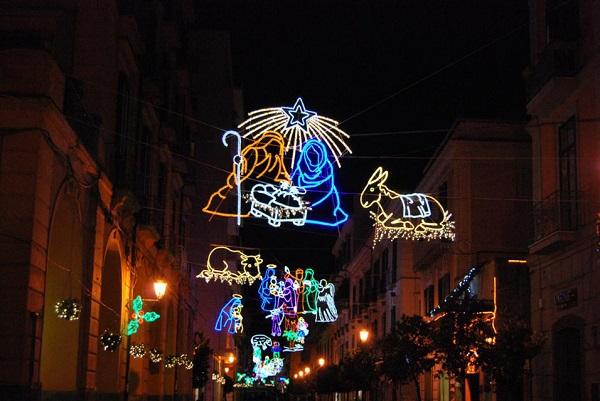Video Natale a Napoli tra storia cultura e tradizioni