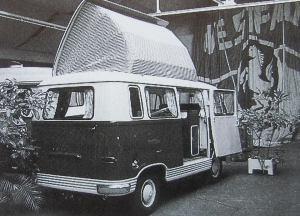 Et utklipp av en Westfalia bobil basert på Ford Transit fra 60-tallet.BL