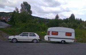 Monica Mork Rognlien: Her er bilde av vår Astral Scout 1250. Kjøpt ny av mine foreldre på Ringebu i 1977. Fremdeles i bruk! Bilen er ikke veteran enda da.