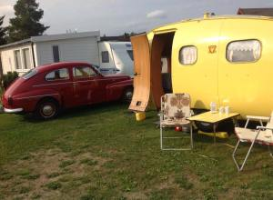 Tove Jørgensen Egget vårt . Dette har vi campet i mange år, og når vi får på teltet har vi mye plass å boltre oss på.