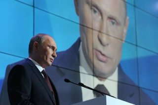 Putin would wipe the floor with Clinton in front of a Valdai Club event
