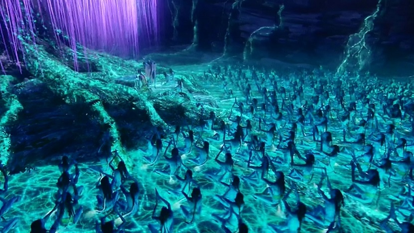 Striking similarity to plasma TV and reality TV plots evolve as the Navi try to do a soul transfer with the power of groupthink (Photo credit: Avatar movie)