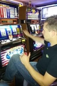 Gokken terwijl je pintjes en cocktails gratis zijn! Only in Vegas.