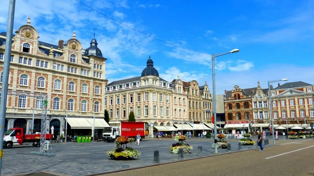 Martelarenplein cafés in Leuven