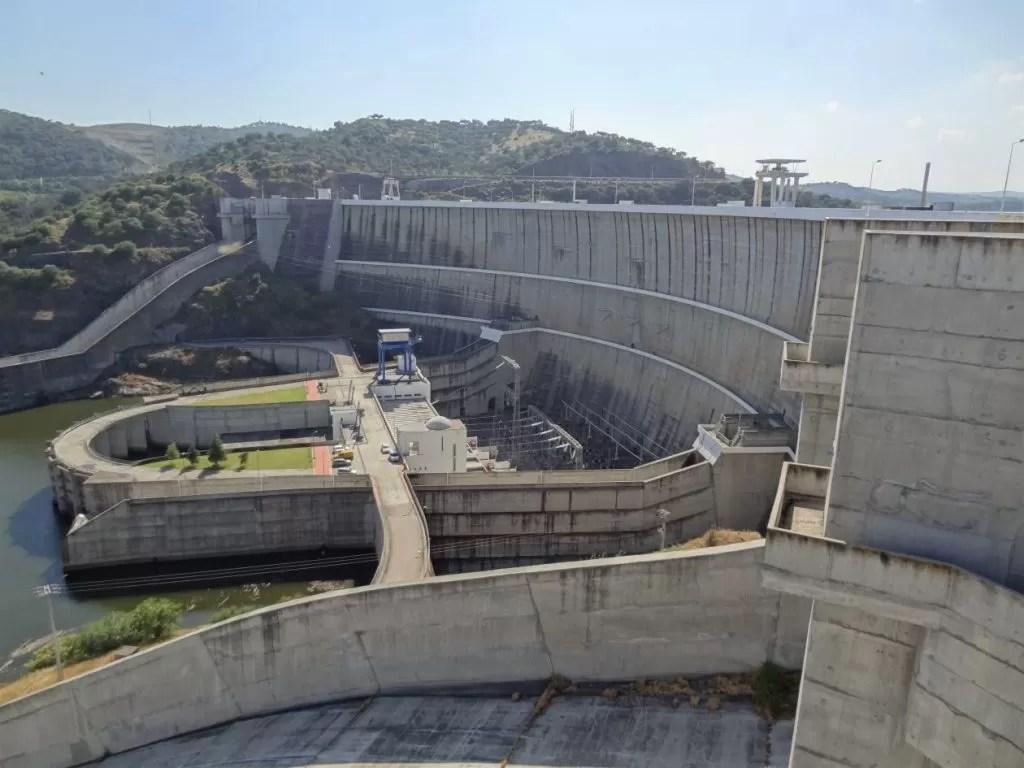 Blz9 Alqueva dam1