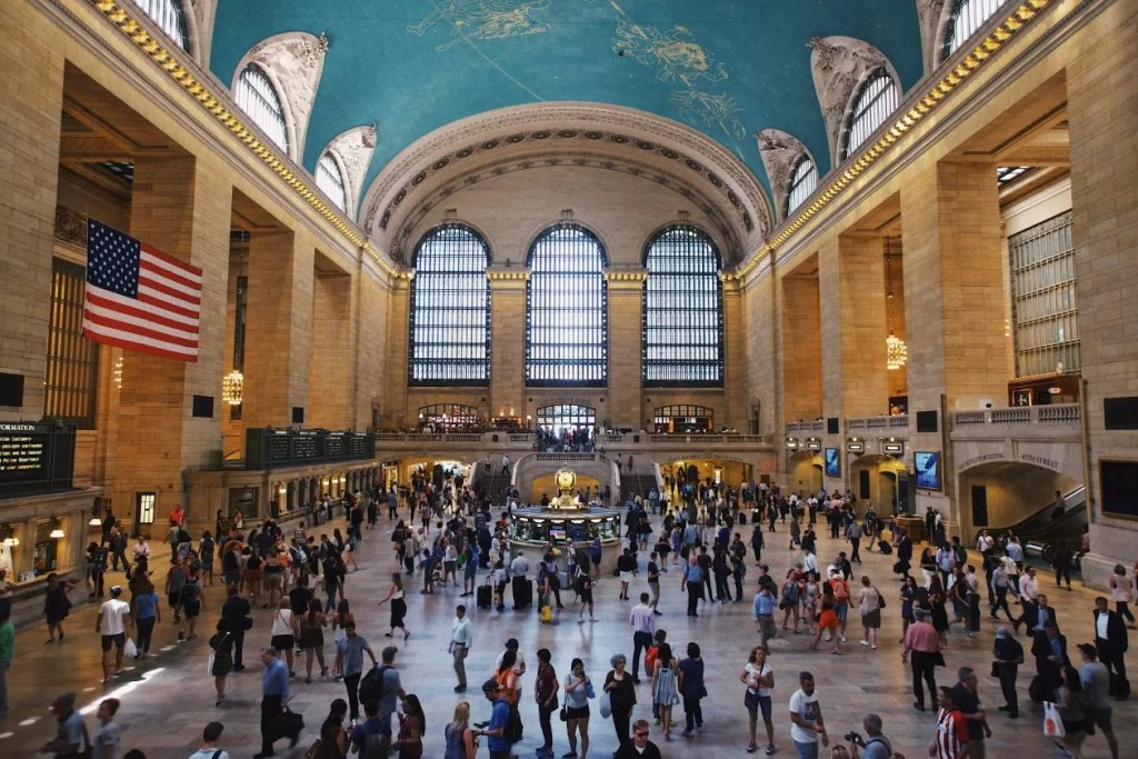 regen in new york grand central terminal