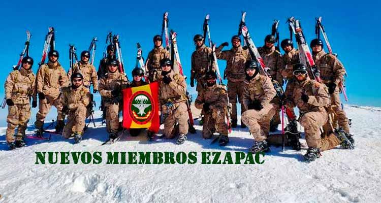 nuevos miembros boinas verdes del EZAPAC