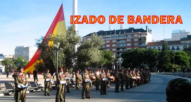 Izado de Bandera en Plaza de Colón de Madrid