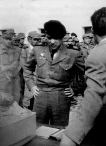 Cap.-Sanchez-Duque-7a-cia de II Bandera de Paracaidistas en Tiliuin