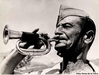 corneta legionario en el Sáhara