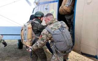 Embarcando en el Antonov AN2. cursos EPA en Ukrania. VetPac