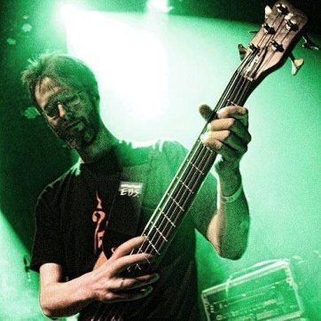 Douwe de Wilde (Bass; 2013-2017)