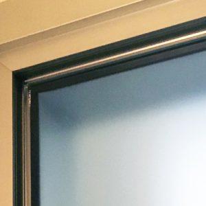 Battenti con telaio in alluminio