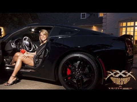 SEXY GIRL in 2014 CORVETTE STINGRAY!