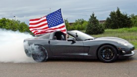 Watch A 900 HP C6 Corvette Do A Burnout For America