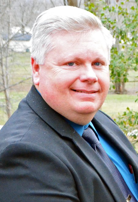 SRO Roy Leap completes certification | Vevay Newspapers