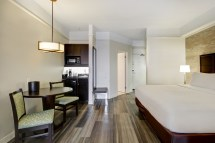 Windsor Hotel Rooms Ambassador Bridge - Holiday Inn