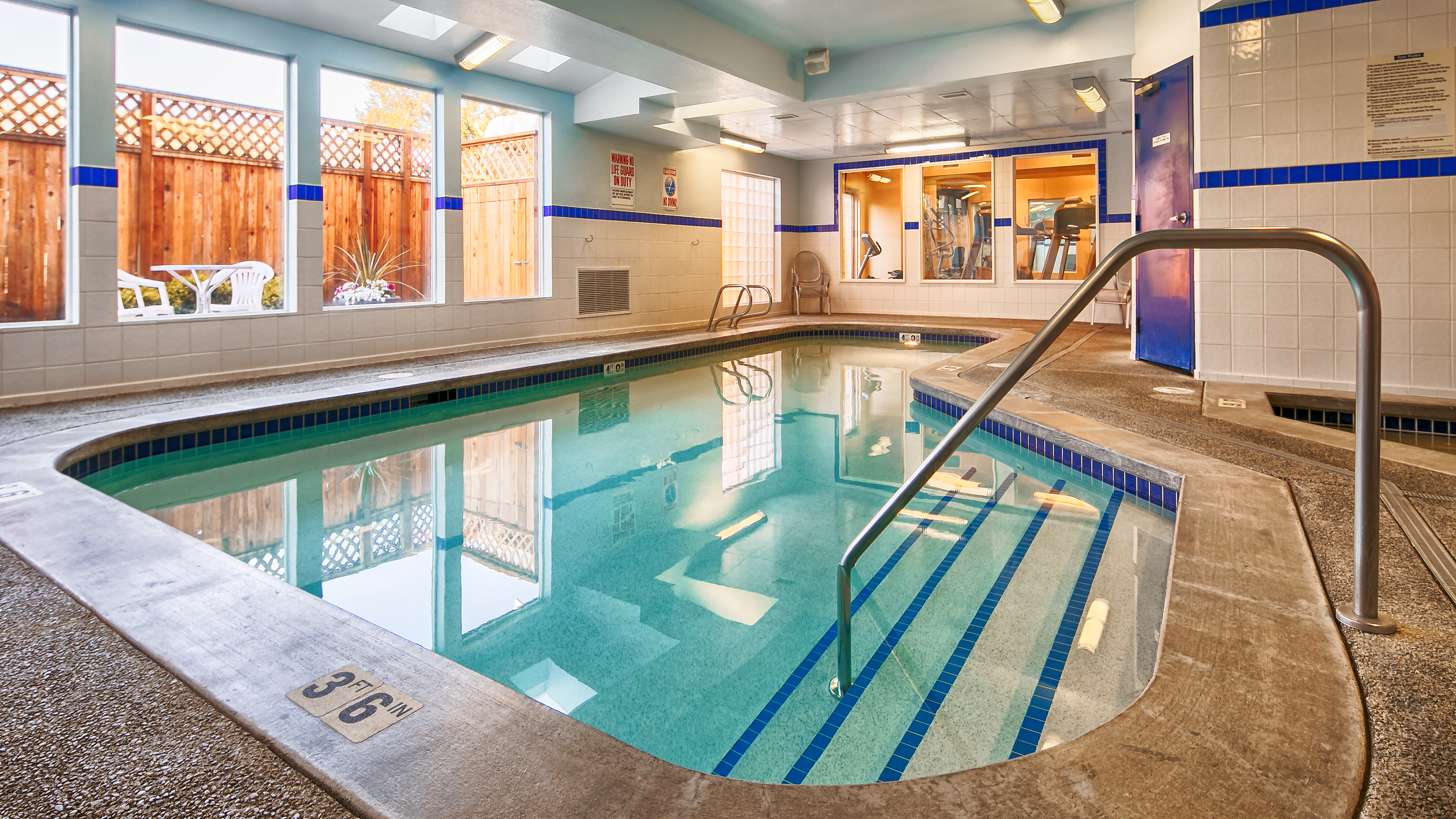 Hotel in Everett WA with Indoor Pool  Best Western Plus