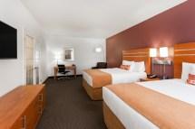Rooms & Suites Wingate Wyndham Calgary