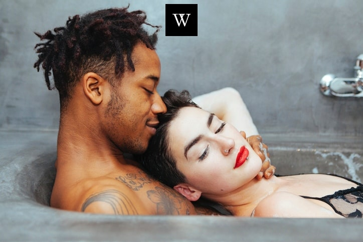 Sex Outside: Sex Tips, Positions & Sex Law For the Best Outdoor Sex!