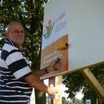 Plakken verkiezingsbord Stolwijk