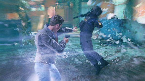 Effettuando uno Scatto Temporale verso un nemico, è possibile stordirlo e colpirlo con l'immancabile Bullet Time.