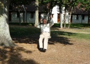 RvH swinging at LB