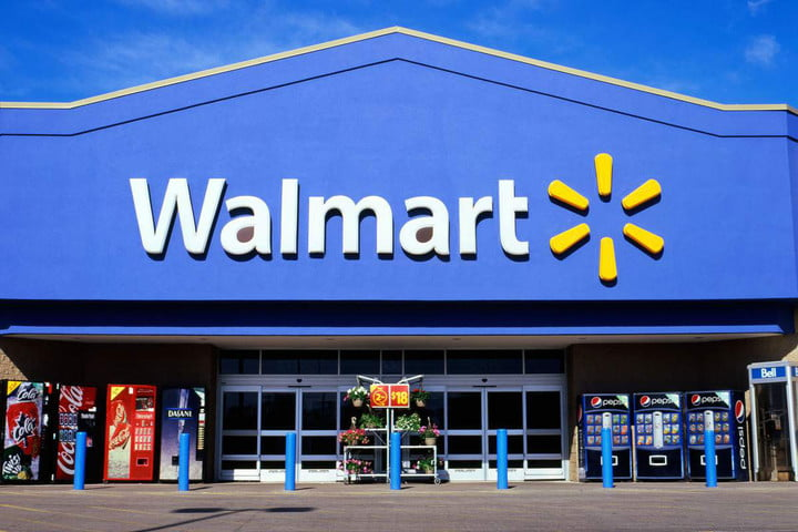 Tech CEO says Walmart's use of virtual reality for employee training will help make VR more attractive to consumers