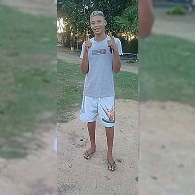 d8f15998c85 Nesta quarta-feira (05) o jovem Darlas Santos Marinho de 19 anos foi  encontrado baleado em um cafezal