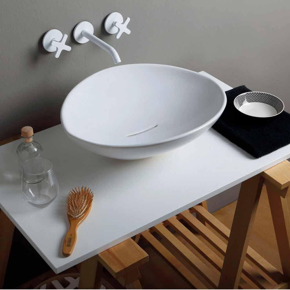 Lavabo da appoggio design di tendenza in ceramica made