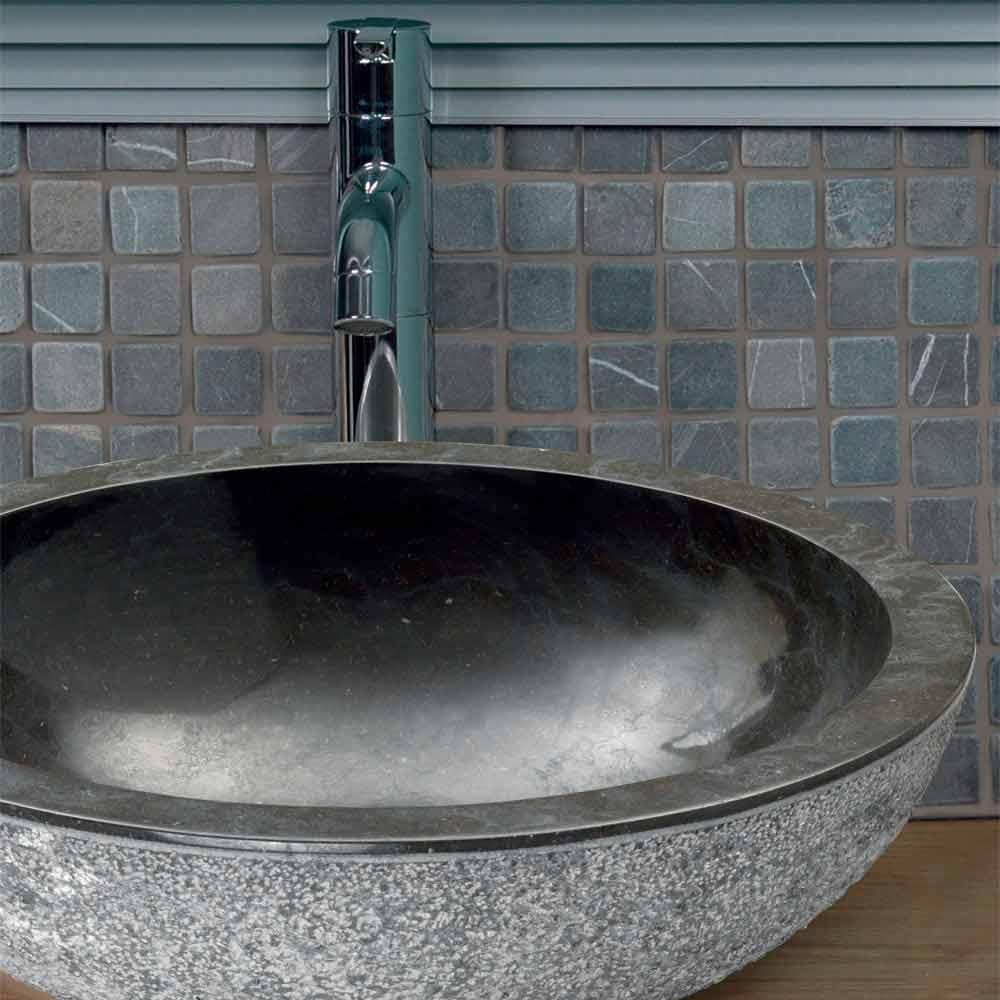 Lavabo da appoggio tondo in pietra naturale nera Pai