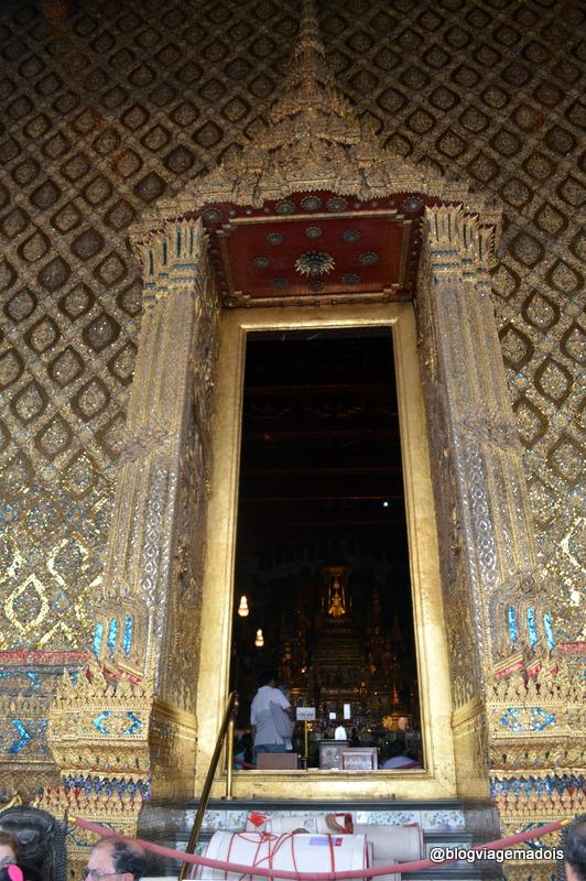 O único lugar de onde é permitido tirar fotos do Buda