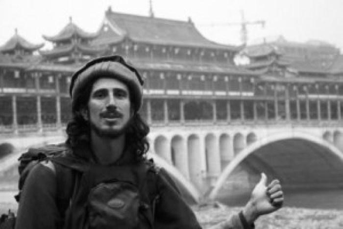 Juan Villarino viajando pela China