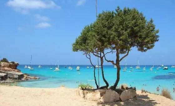 Da Mallorca a Ibiza, estate low cost nelle Isole Baleari